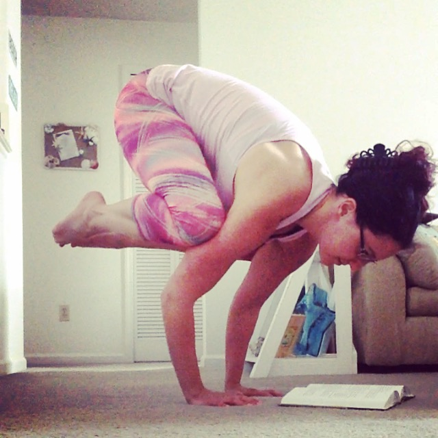 Crow Pose Reading | Healthy, Fit & Barefoot!