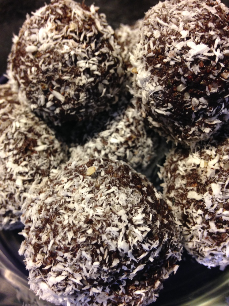 Grain-Free Chocolate Rum Balls | Healthy, Fit & Barefoot!