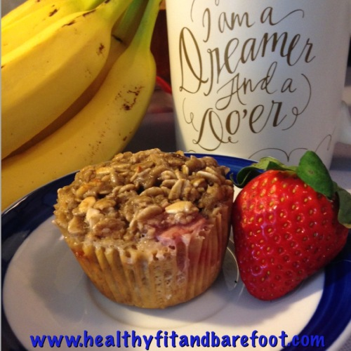 #FlavorfulFriday - Healthy Sugarfree Baked Oatmeal Muffins | Healthy, Fit & Barefoot!