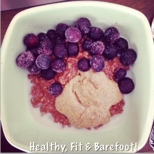 Chocolate Blueberry Oatmeal | Healthy, Fit & Barefoot!